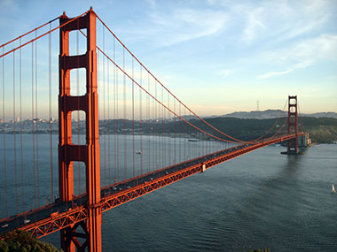 Explore the west coast with a tour to San Francisco!  See the famous Golden Gate Bridge.  Tour Alcatraz historic prison island.  See the famous Palace of Fine Arts.  See the panoramic views from Telegraph Hill.  Ride on a cable car to famous Lombard Street!